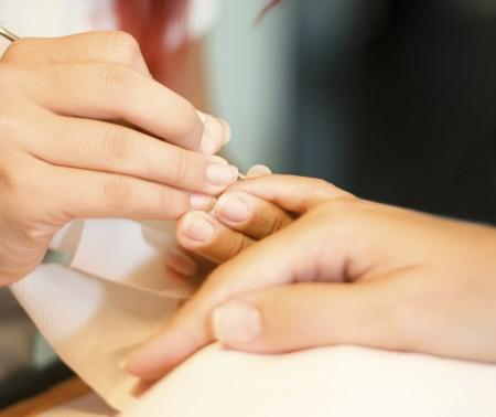 Manicure brasiliana, una nuova tecnica per stendere lo smalto