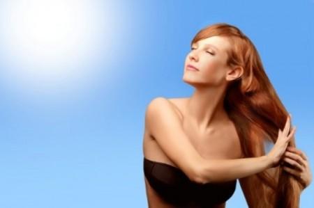 Come proteggere il colore dei capelli dai raggi solari