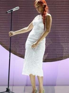 Rihanna in Dolce & Gabbana per i 100 anni di Nivea