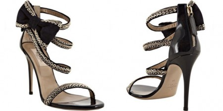 Il fascino classico delle scarpe Valentino impreziosito da dettagli glam