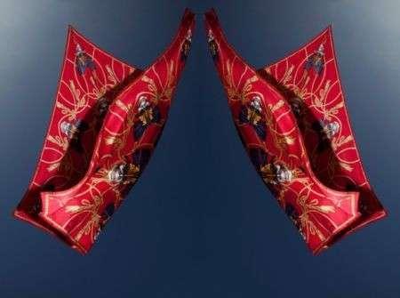 """God save McQueen"" by Sarah Burton, i bellissimi foulard Alexander McQueen"