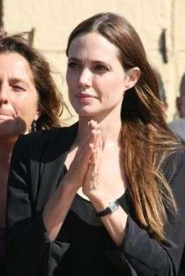 Angelina Jolie a Lampedusa visita sorpresa