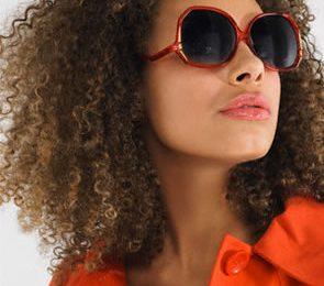 Eliminare il crespo dai capelli ricci? Ecco il segreto