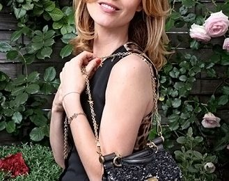 Eva Herzigova con la Mini Miss Sicily Bag di Dolce & Gabbana