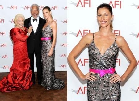 Il look perfetto di Gisele Bundchen con l'abito glitterato Oscar de la Renta