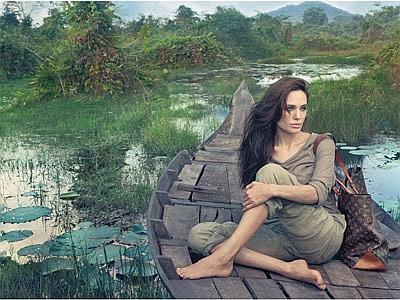 Louis Vuitton, ecco la campagna con Angelina Jolie