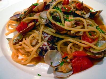 Ricette light: spaghetti al cartoccio al profumo di mare
