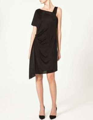 L'eleganza di Zara nella linea di abiti estivi, très chic ma glamour!