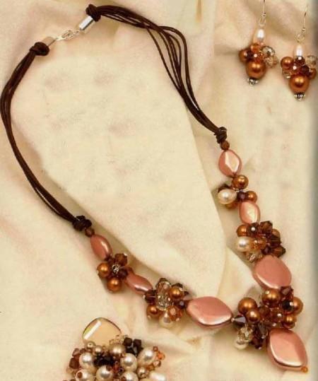 Crea un collier di perle rainbow per la tua collezione bijoux