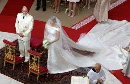 La diretta del matrimonio del principe Alberto e l'arrivo degli invitati