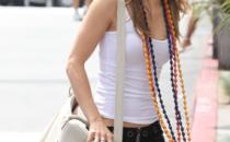 Anche AnnaLynne McCord cede al fascino degli occhiali Prada Minimal Baroque