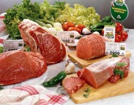 Carne o pesce? Ecco cosa scegliere per dimagrire!