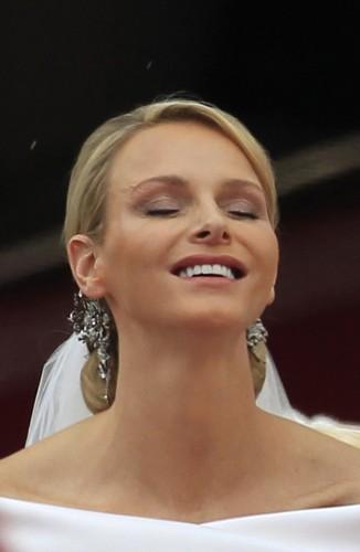 Copia il make up sfoggiato da Charlene per il matrimonio con Alberto di Monaco