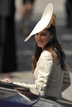 Kate Middleton, impeccabile come sempre, al matrimonio di Zara Phillips