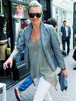 Kate Moss svela la sua vita privata in un'autobiografia