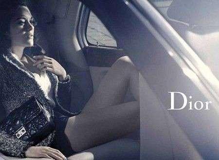 Marion Cotillard testimonial per la Miss Dior Bag, la parigina ha conquistato la griffe