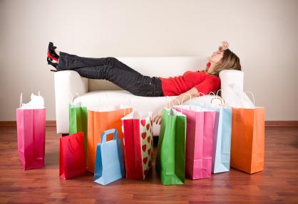 E' tempo di saldi, ma anche di crisi, le fashioniste quanto spendono?