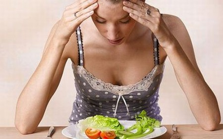 Anoressia e bulimia possono compromettere la fertilità di una donna