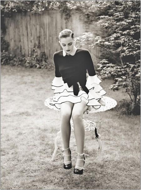 Le mary jane con fiocchi di Louis Vuitton indossate da Emma Watson, un sogno!