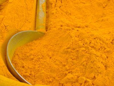 La tendinite si può curare con il curry?