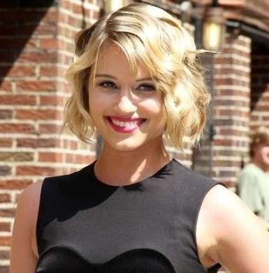 Dianna Agron adora i capelli corti: la metamorfosi della star di Glee
