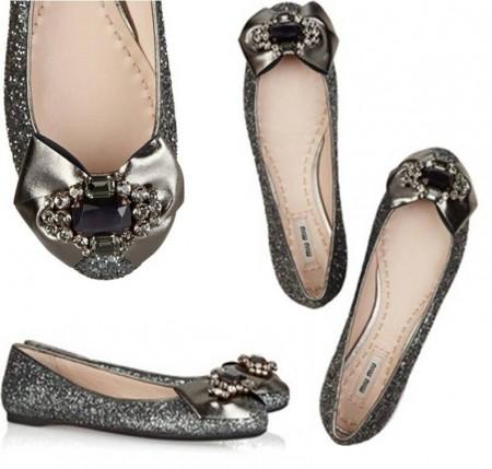 Le ballerine gioiello di Miu Miu, scarpette di Cenerentola rivestite di Swarovski!