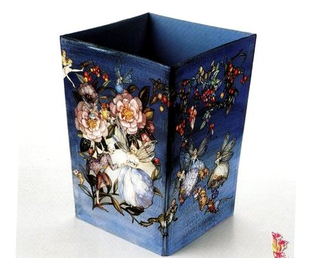 Decoupage gettacarte in cartone