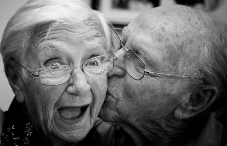 Le donne con una vita sessuale appagante invecchiano meglio…