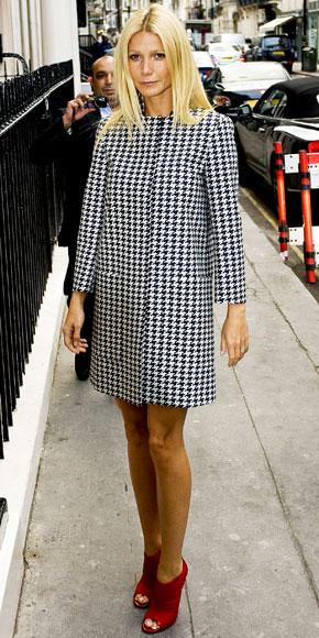 Gwyneth Paltrow unisce la passione per Jimmy Choo con quella per Stella McCartney