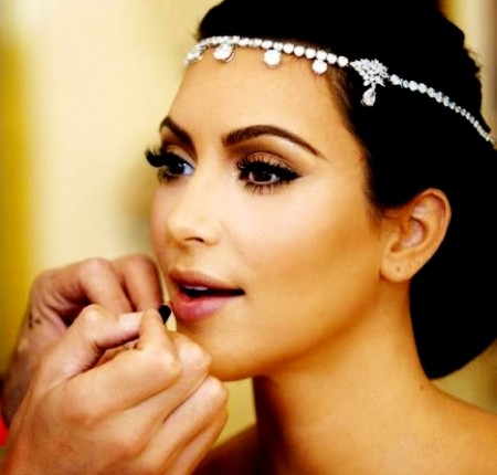 Il trucco di Kim Kardashian per il suo matrimonio, vi piace?