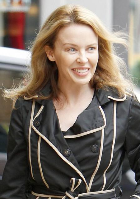 Per la pelle del suo viso Kylie Minogue ha deciso di dire no al trucco solo per un giorno