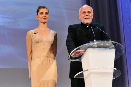Vittoria Puccini, impeccabile ed elegante nonostante il recente lutto, chiude il Festival del Cinema di Venezia 2011