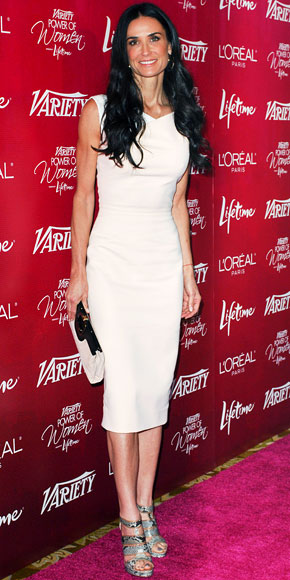 Lo stile di Victoria Beckham conquista anche Demi Moore: le foto del suo ultimo look