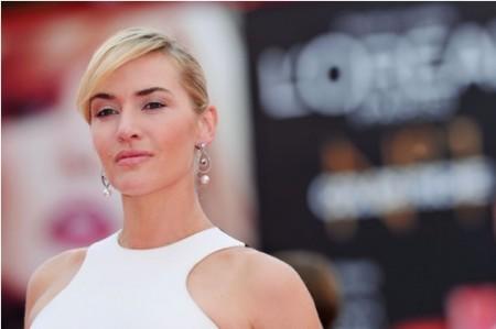L'acconciatura e il make up chic e alla moda di Kate Winslet al Festival del Cinema di Venezia