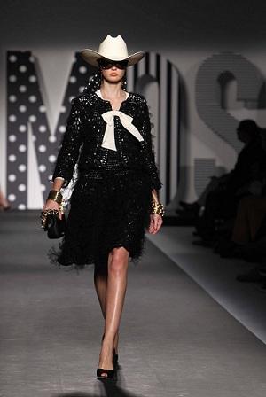 Moschino, la redazione di Moda Pour Femme alla sfilata di oggi, 23 settembre