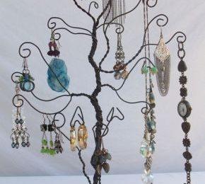 Fai da te un porta orecchini a forma di albero