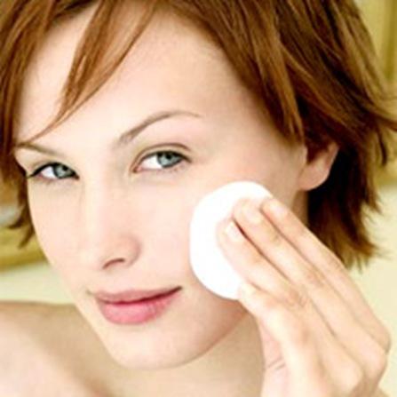 Come comportarsi una volta fatta la pulizia del viso? Ecco qualche consiglio!