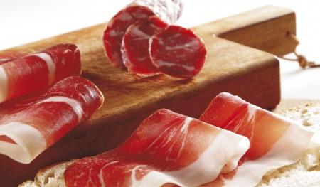 I salumi, in una dieta sana, si possono consumare? Sì, ma senza esagerare!