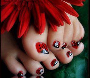 Siete amanti delle coccinelle? Guardate allora questa favolosa decorazione unghie