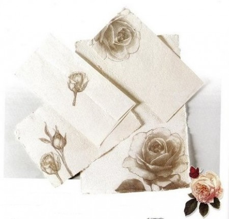 Decoupage creativo per decorare le tue lettere in carta romantica
