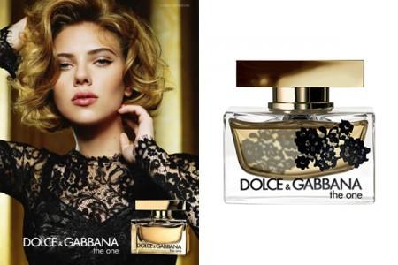 Scarlett Johansson per il profumo The One edizione pizzo di Dolce & Gabbana