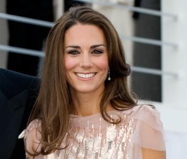 Kate Middleton vuole prendere peso: ora mangia snack e frollini al cioccolato