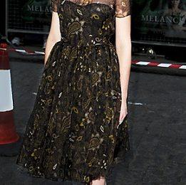 Kirsten Dunst con un romantico abito Honor alla premiere di 'Melancholia' a Londra