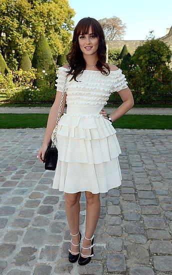 Il look bon ton di Leighton Meester alla sfilata di Christian Dior