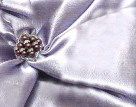 Dai vita a un anello bijoux di perline color ametista e swarovski