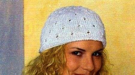 Crea una calottina bianca con i lavori a maglia