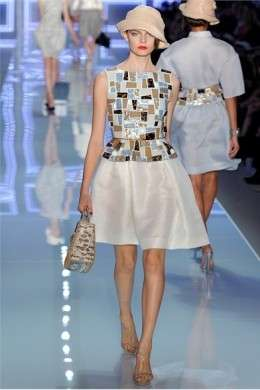 L'eleganza di Christian Dior incanta alla Paris Fashion Week, le foto della sfilata