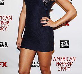 Lea Michele più seducente che mai con un minidress Asos e ankle boot Brian Atwood