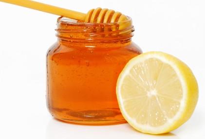 pelle viso maschera miele limone