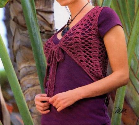 Crea con i nostri lavori a maglia un coprispalle color lampone